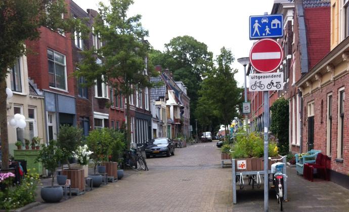La rue : partage et frontages
